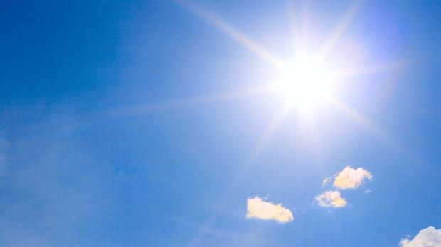 Ηλιόλουστο και πολύ θερμό το Σαββατοκύριακο που έρχεται
