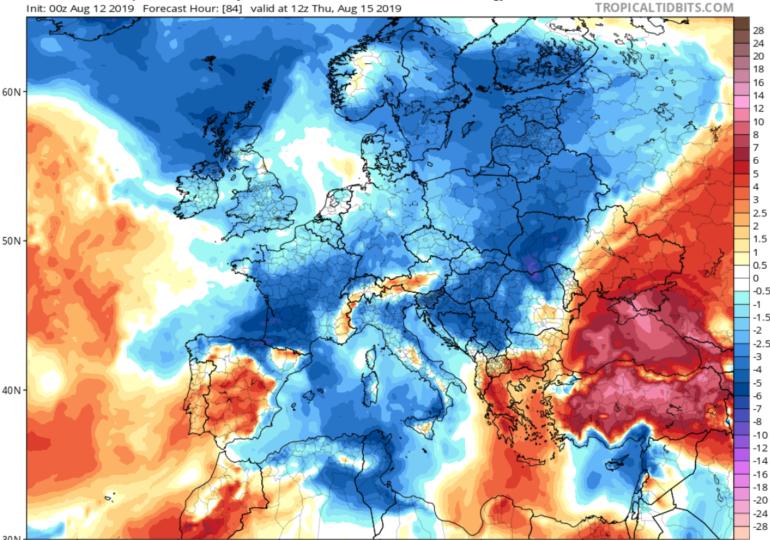 Ισχυρό δροσερό δυτικό ρεύμα αέρα φέρνει θερμοκρασίες κάτω της κανονικής τον Δεκαπενταύγουστο