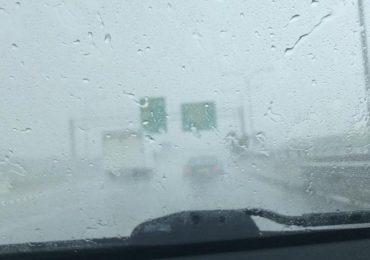 Έκτακτο δελτίο - Ισχυρή καταιγίδα επηρεάζει τον αυτοκινητόδρομο Λεμεσού - Λευκωσίας