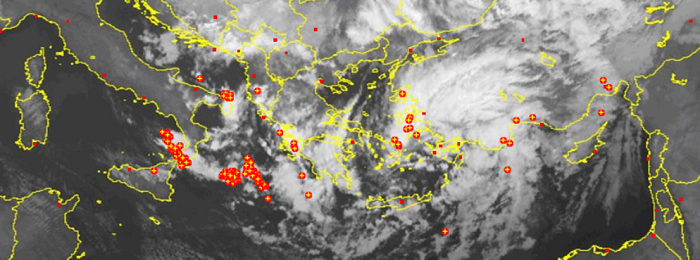 Καιρική ενημέρωση (ώρα 22:15) - Γενικεύονται οι βροχές τις επόμενες ώρες