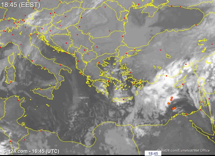 Σημαντική επιδείνωση του καιρού αργά απόψε - Βροχές/καταιγίδες και χιόνια στο μενού
