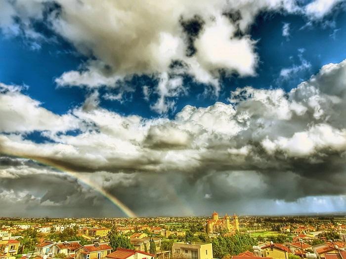 Καλύφθηκε η βροχόπτωση Μαρτίου - Πλησιάζει το 99% η πληρότητα του φράγματος των Λευκάρων
