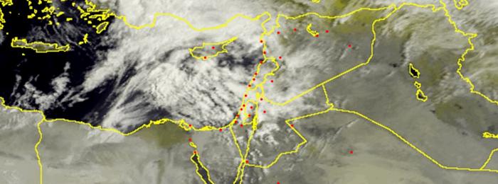 Λασποβροχές σήμερα - Τοπικά ισχυρές καταιγίδες με χαλάζι αύριο Σάββατο (Update 15:30)