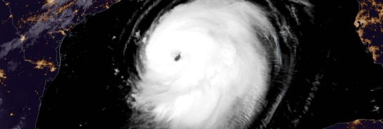 Ο ισχυρός κυκλώνας Laura θα κτυπήσει τις ακτές των ΗΠΑ τις επόμενες ώρες