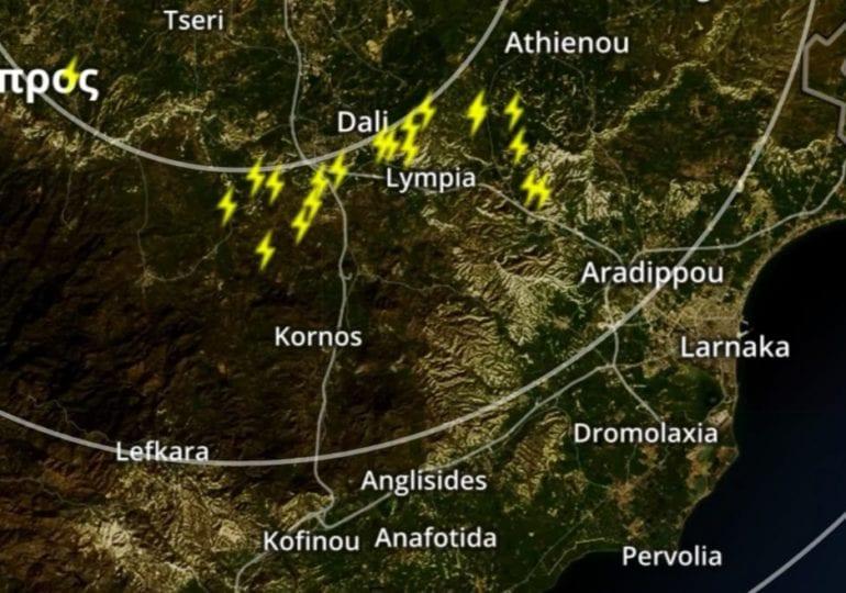 Ισχυρές καταιγίδες επηρεάζουν τμήματα του αυτοκινητοδρόμου - Δείξτε προσοχή
